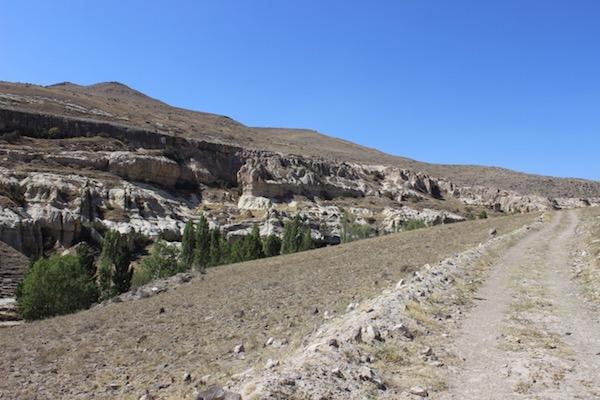 Erdemli canyon hiking high road
